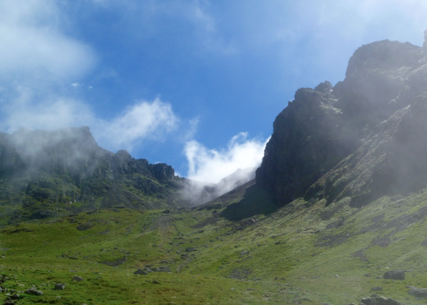 Guided walks to Scafell Pike via Mickledore